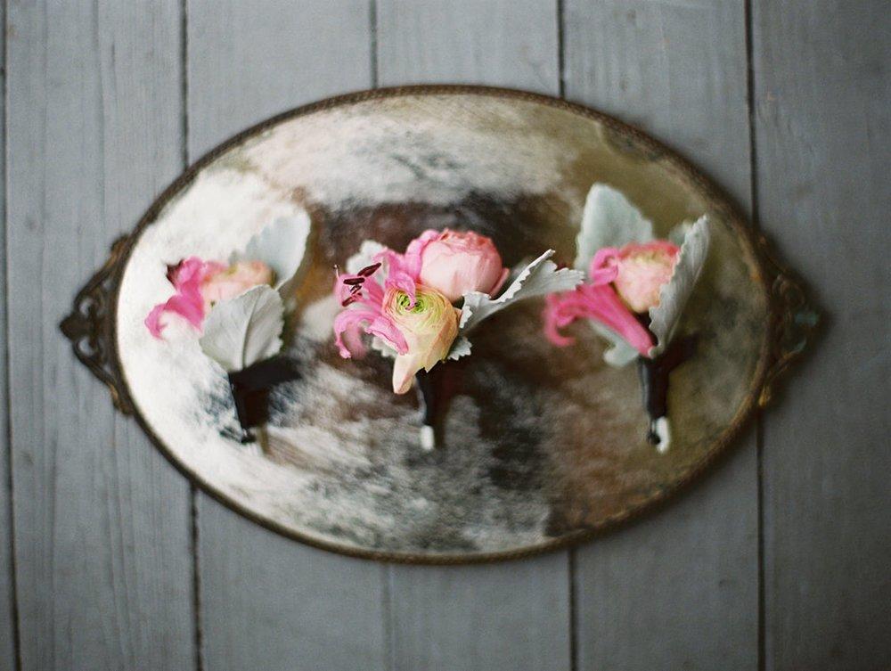 www.santabarbarawedding.com | El Encanto | Coco Rose Design | This Modern Romance | Boutonniere