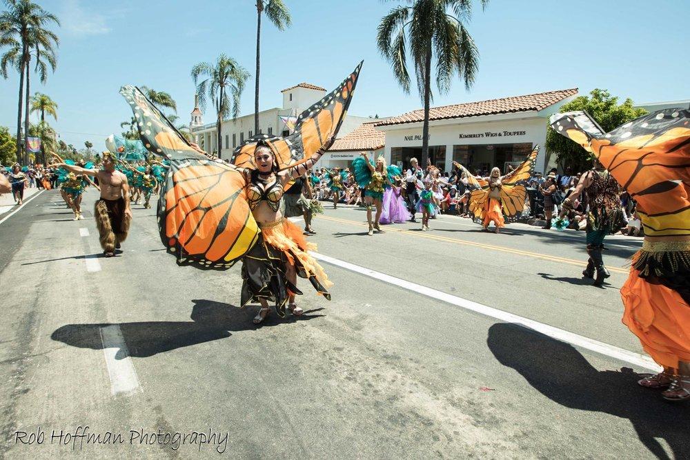 santa barbara wedding style   SBInsider   Solstice Parade   Solstice Celebration Santa Barbara   Rob Hoffman Photography