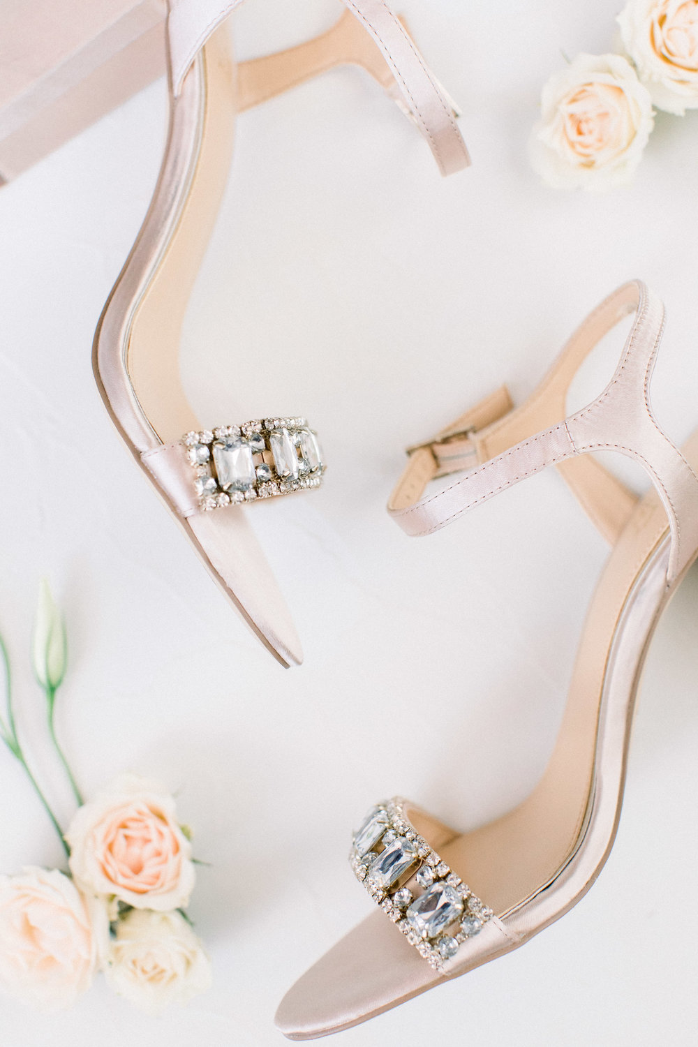www.santabarbarawedding.com | Jenny Quicksall | Santa Barbara Club | Bluebell Events | Bride's Shoes