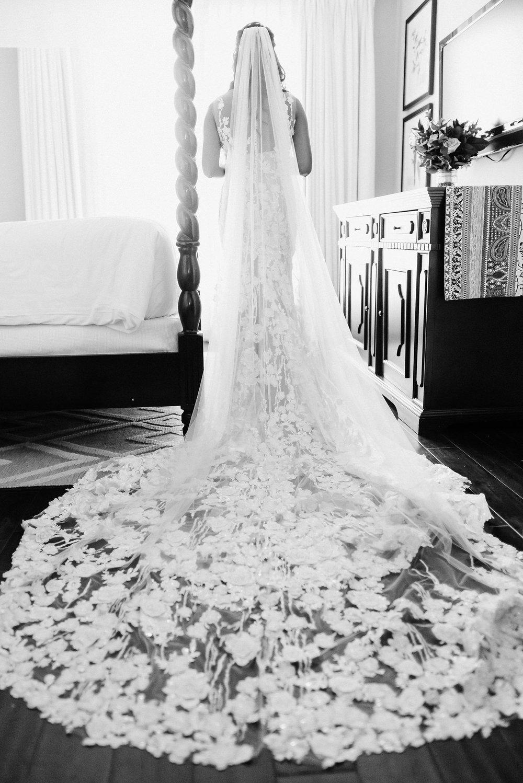 www.santabarbarawedding.com | Grace Kathryn Photography | Santa Barbara Courthouse | Canary Hotel | Amazing Days Events | Bride