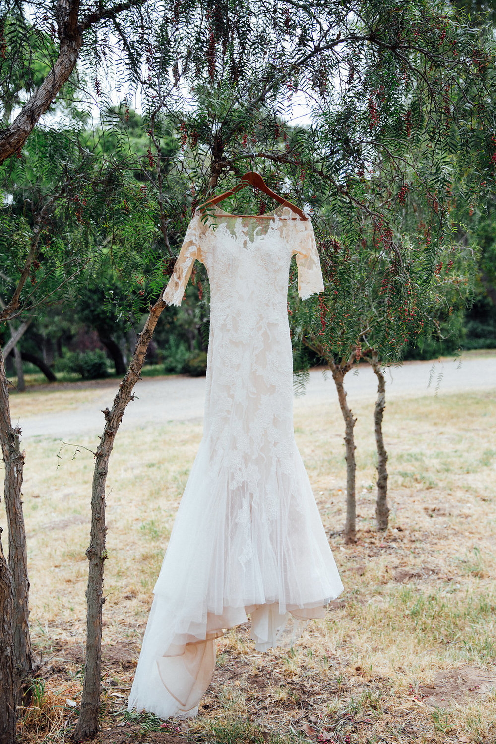 www.santabarbarawedding.com | Just Kiss Collective | Rancho La Patera & Stow House | Wedding Dress