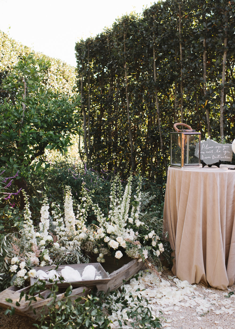 www.santabarbarawedding.com | Event of the Season | Norman and Blake | San Ysidro Ranch | Reception Details