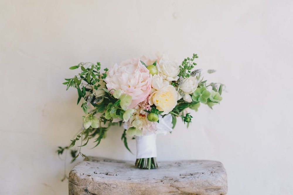 www.santabarbarawedding.com | San Ysidro Ranch | Alegria by Design | Jake + Necia Photography | Bridal Bouquet