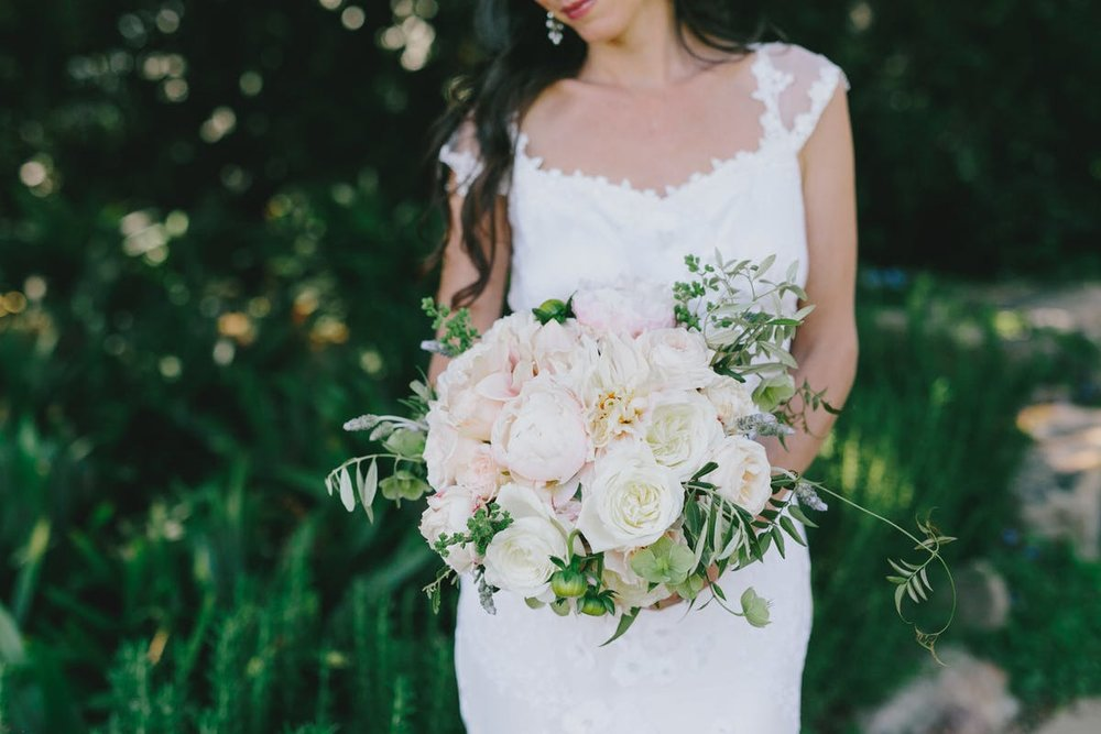 www.santabarbarawedding.com | San Ysidro Ranch | Alegria by Design | Jake + Necia Photography | Bride