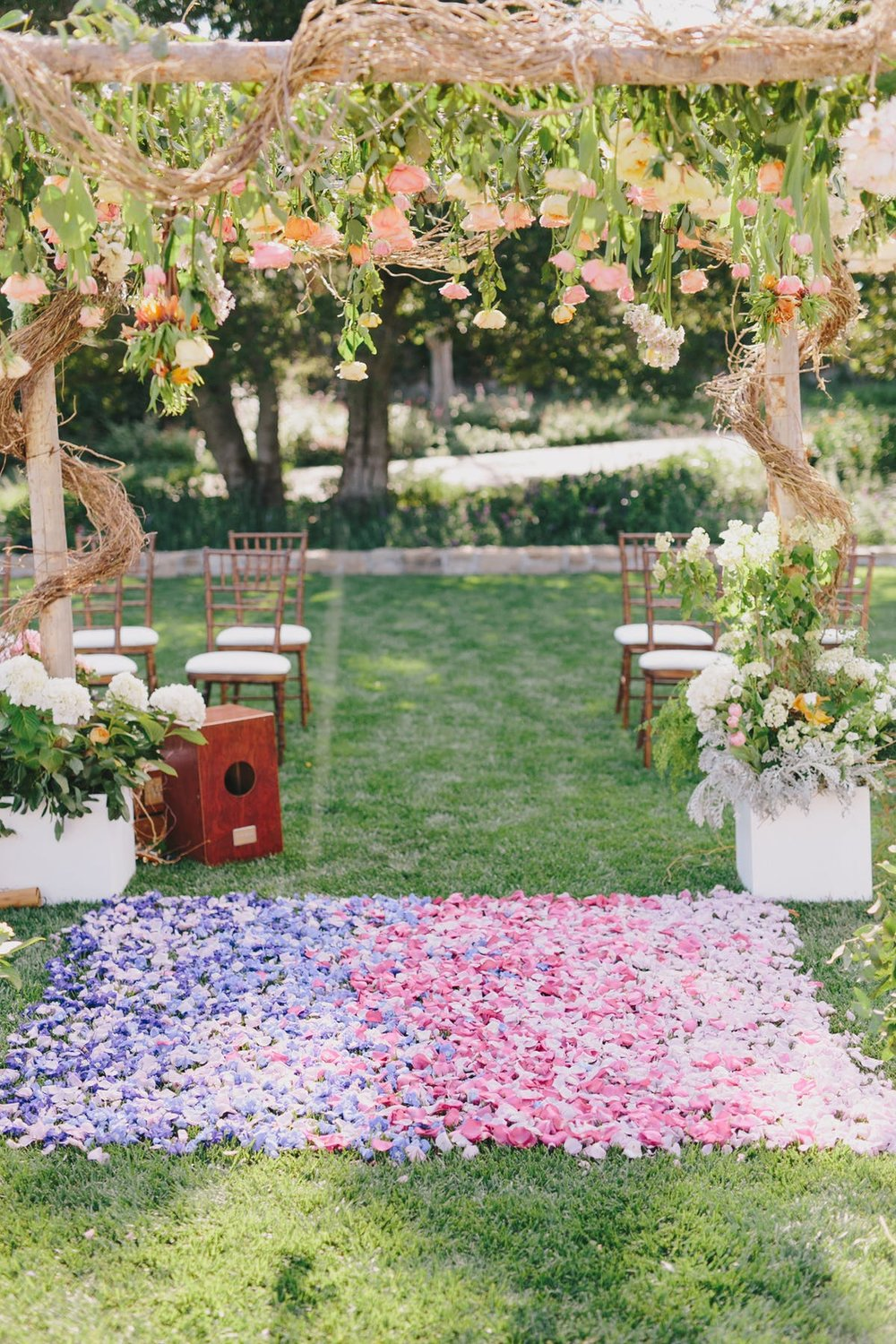 www.santabarbarawedding.com | San Ysidro Ranch | Alegria by Design | Jake + Necia Photography | Ceremony Details