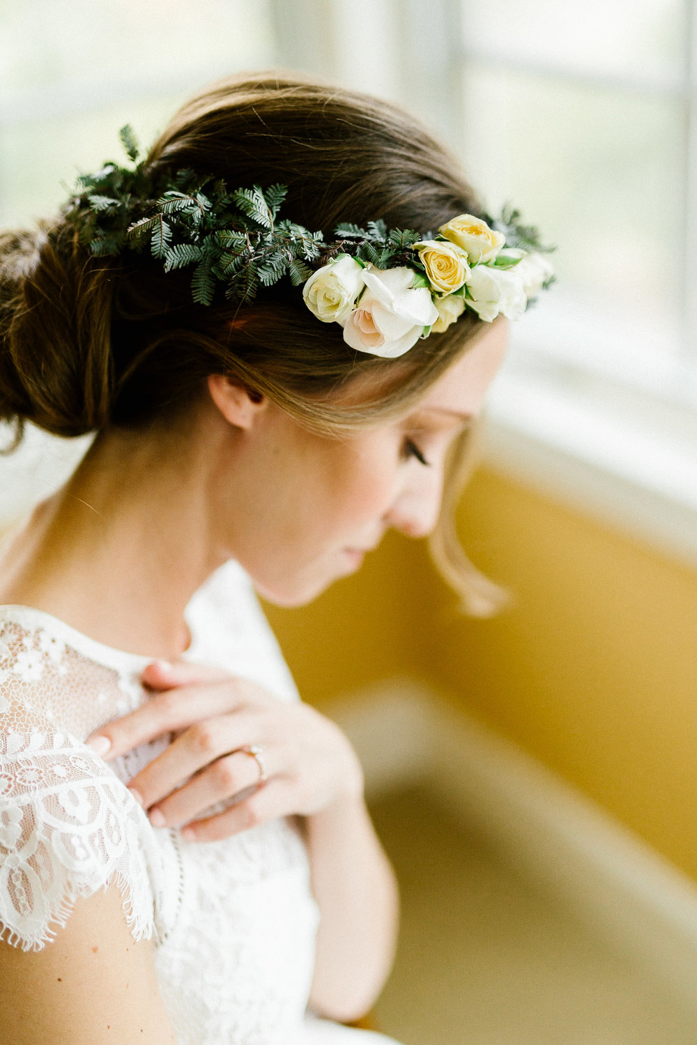 www.santabarbarawedding.com | Elings Park | Hannah Rose Gray | Bride's Flower Crown