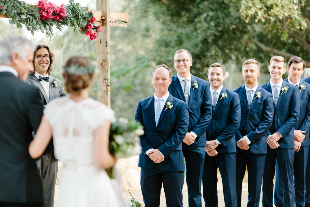 www.santabarbarawedding.com | Elings Park | Hannah Rose Gray | Ceremony
