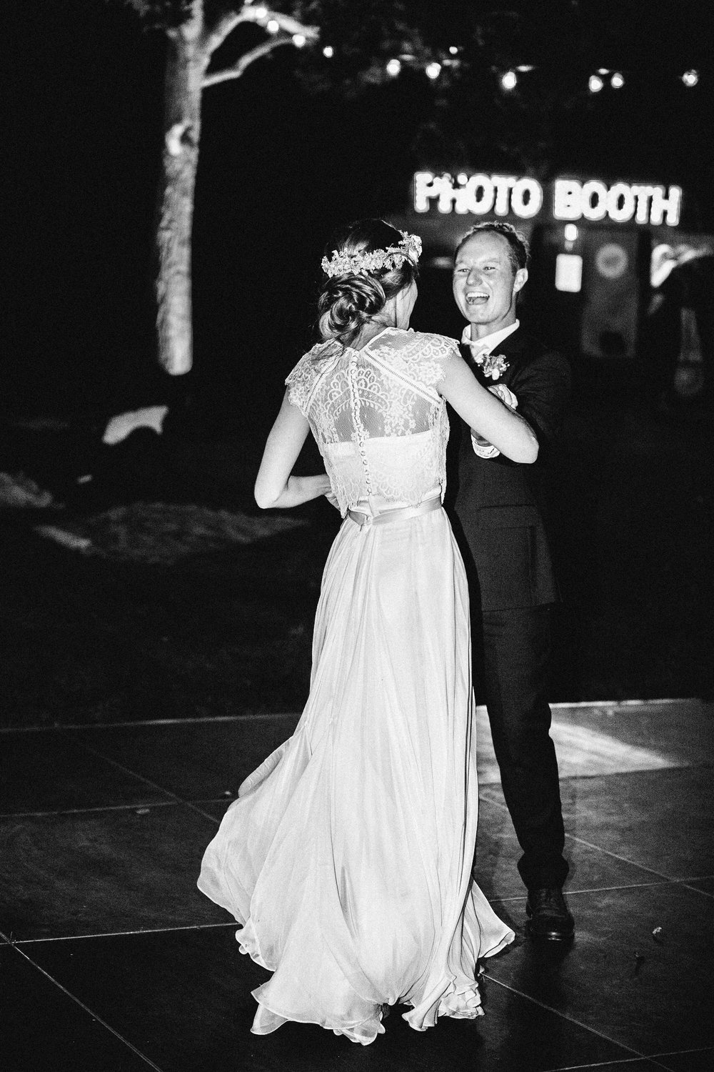 www.santabarbarawedding.com | Elings Park | Hannah Rose Gray | Dancing