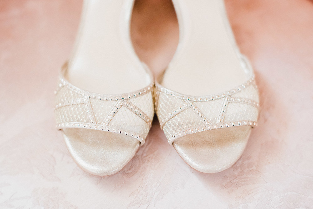 www.santabarbarawedding.com | Grace Kathryn | Santa Barbara Historical Museum | Bride's Shoes