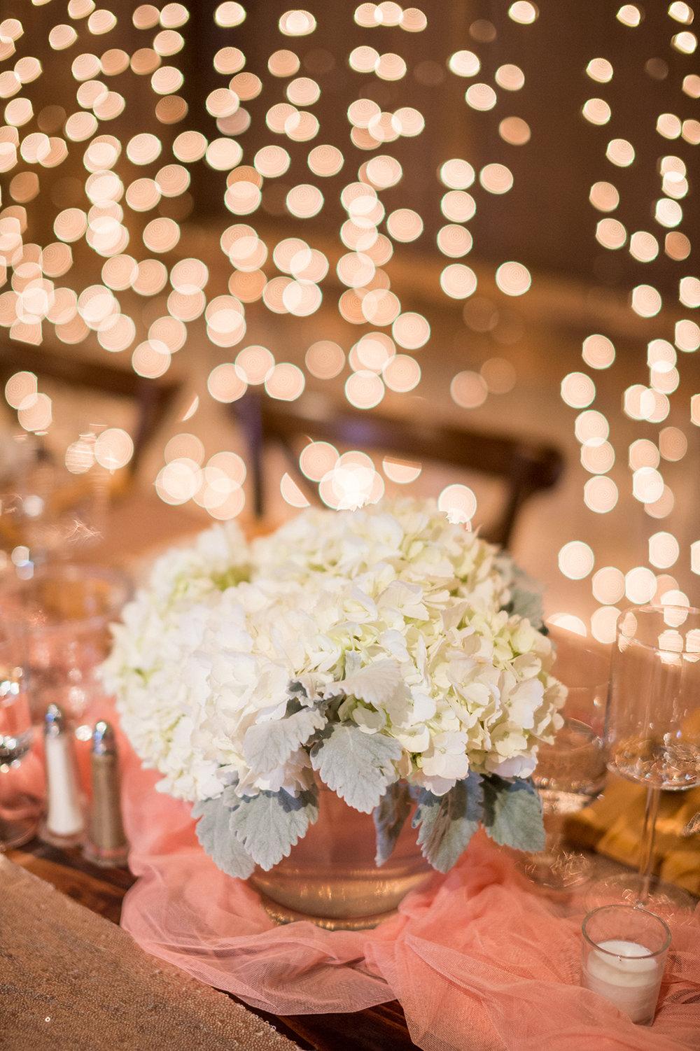 www.santabarbarawedding.com | Mike Larson | Islay Events | Greengate Ranch | Flower Arrangement