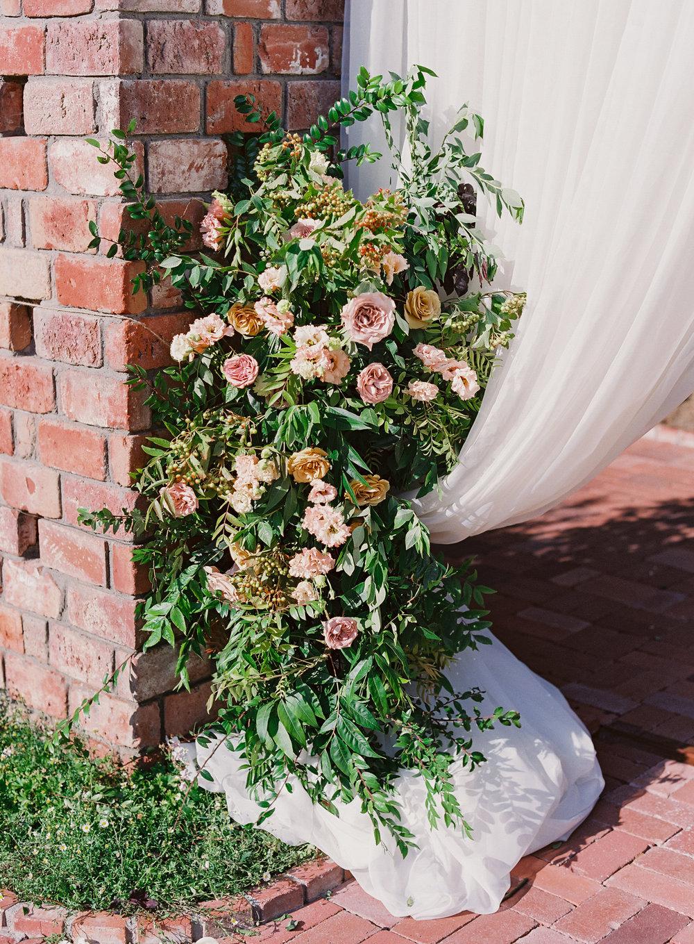 www.santabarbarawedding.com | Belmond El Encanto | Event of the Season | Taryn Grey Photo | Ceremony florals