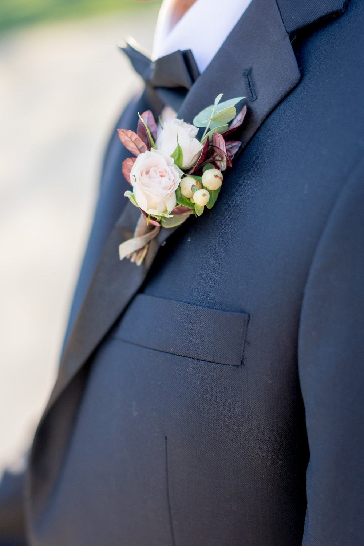 www.santabarbarawedding.com | Kiel Rucker | Kestrel Park | Boutonniere