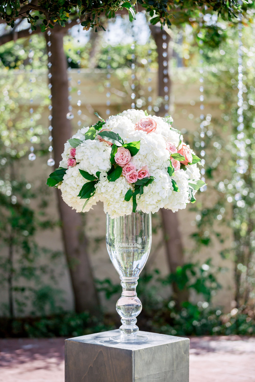 www.santabarbarawedding.com | Rewind Photography | Alegria by Design | Santa Barbara Club | Ceremony Florals