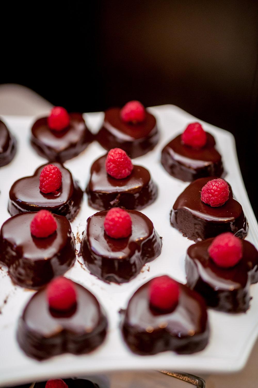 www.santabarbarawedding.com | Rewind Photography | Alegria by Design | Santa Barbara Club | Dessert