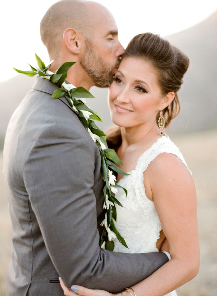 www.santabarbarawedding.com | Soigne Productions | Figueroa Mountain Farmhouse | Lacie Hansen | Bride and Groom