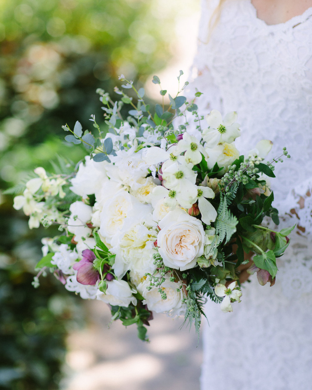 www.santabarbarawedding.com | San Ysidro Ranch | Imagine Events | Millay and Young Photo | Bridal Bouquet