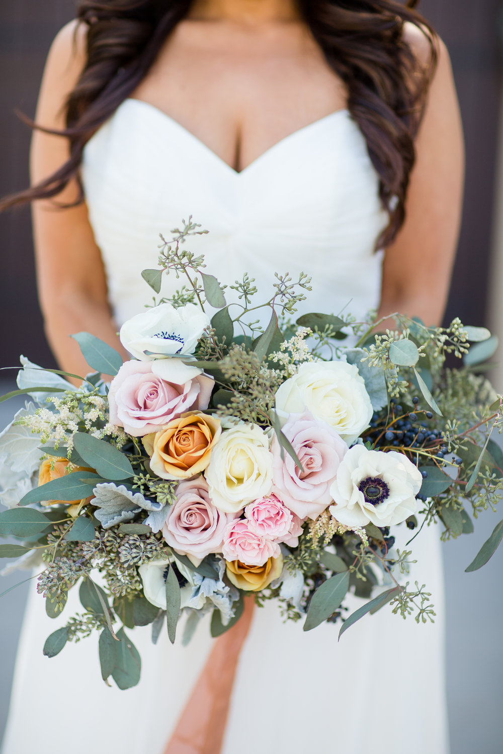 www.santabarbarawedding.com | Los Robles Greens | Events by Fran | Chelsea Elizabeth | Bridal Bouquet