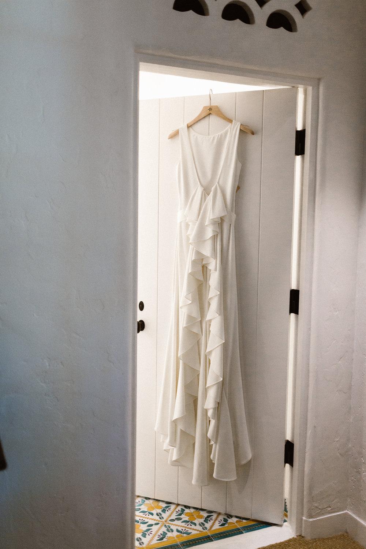www.santabarbarawedding.com   Hannah Rose Gray   Wild Heart Events   Wedding Dress