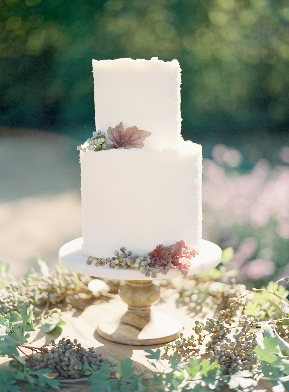 www.santabarbarawedding.com | Kestrel Park | Heather Payne | Lacy Geary | Wedding Cake