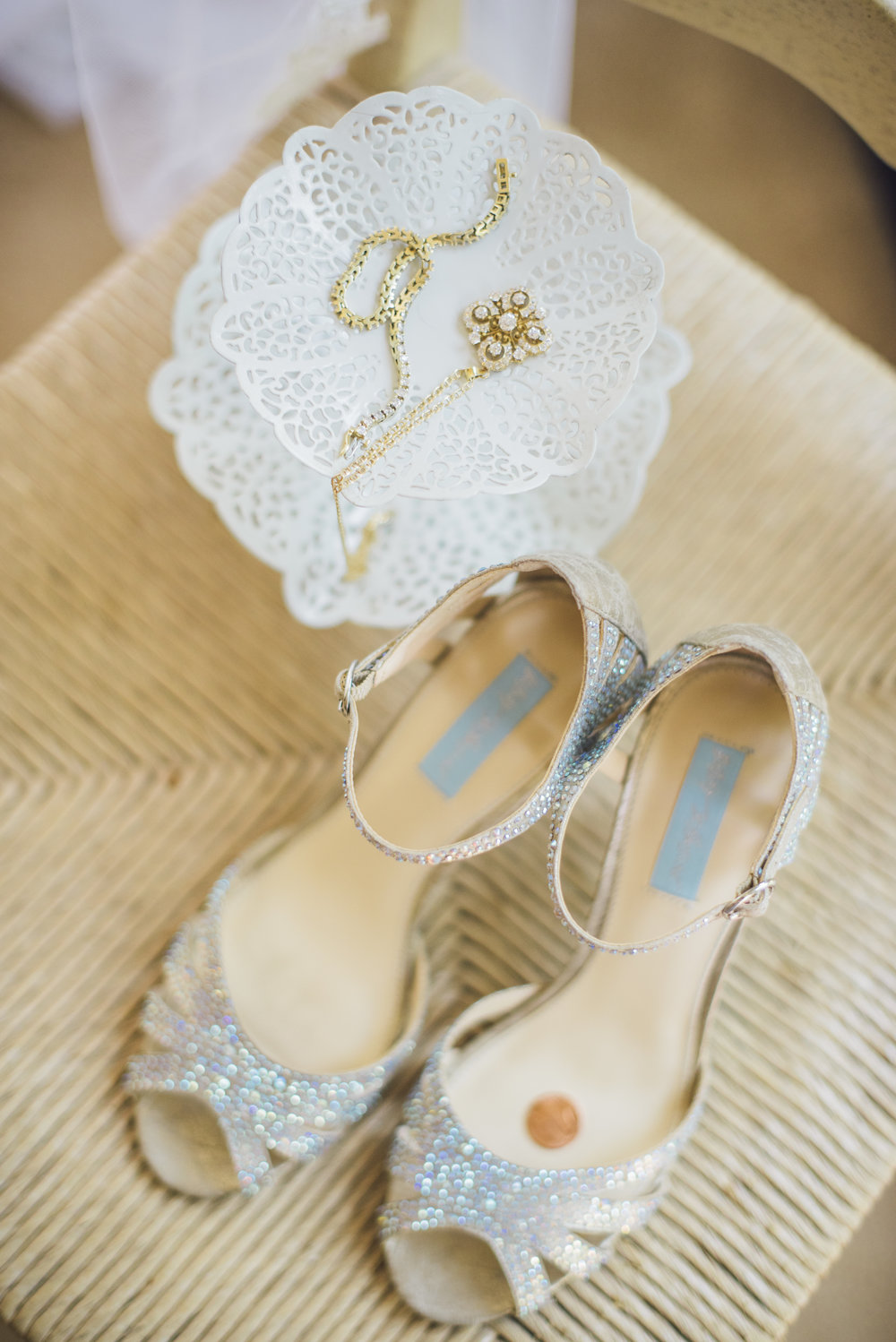 www.santabarbarawedding.com | Unitarian Society | Cara Robbins | Percy Sales Events | Bride's Shoes