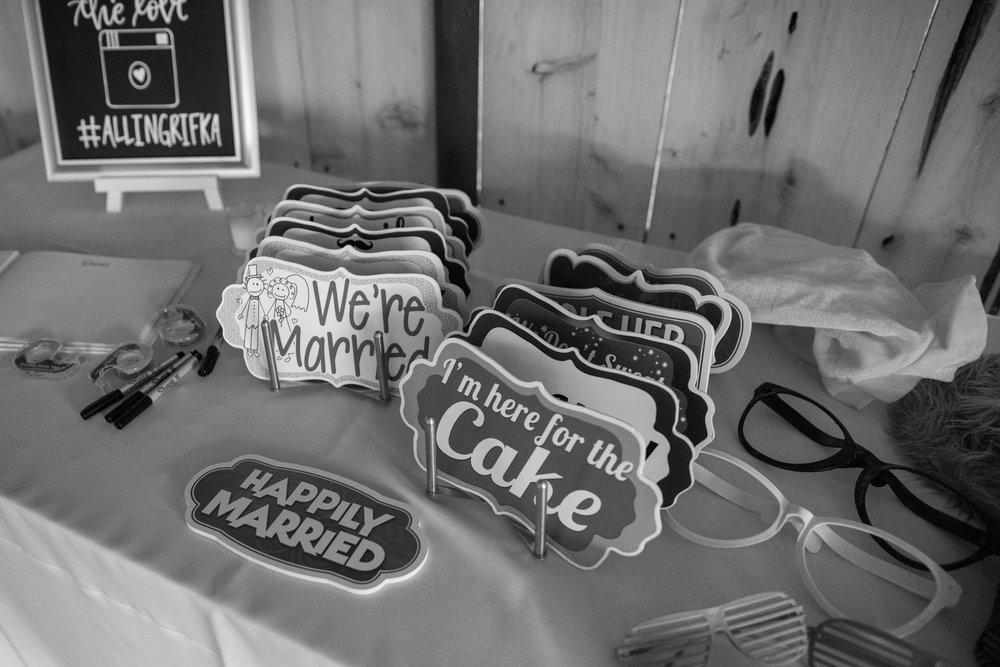 www.santabarbarawedding.com | Whispering Rose Ranch | Ann Johnson Events | Anna J Photo | Photobooth