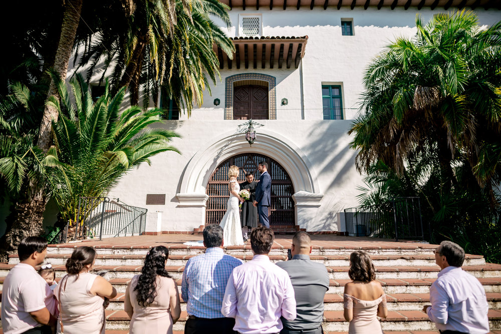 www.santabarbarawedding.com | Rewind Photography | Santa Barbara Courthouse | Elopement | Ceremony