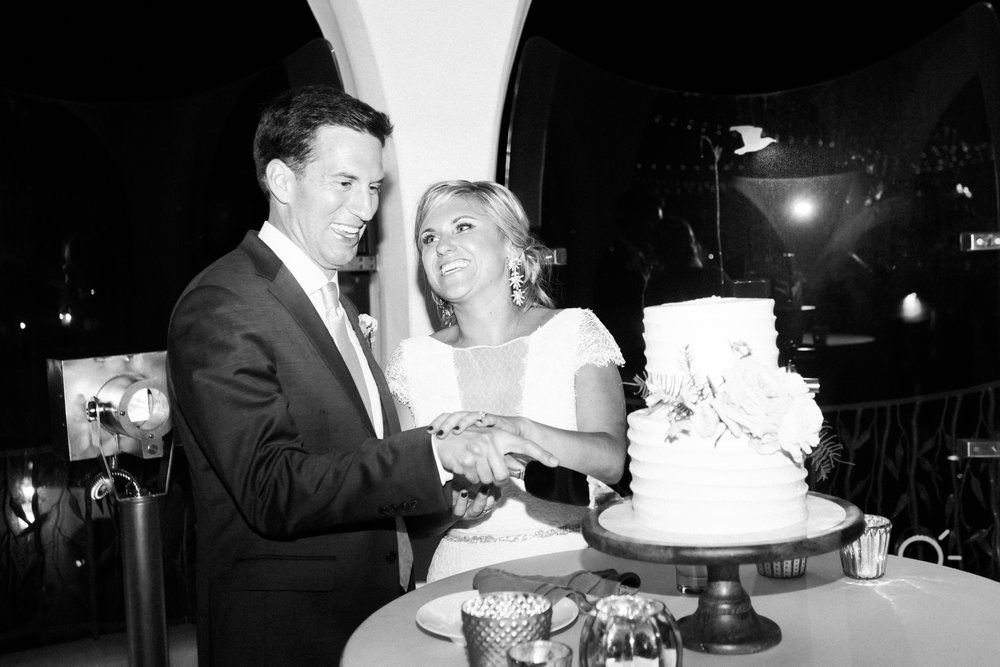 www.santabarbarawedding.com | Our Lady of Mount Carmel | MOXI | Ann Johnson | Islay Events | James & Jess | Bride and Groom | Cutting the Cake