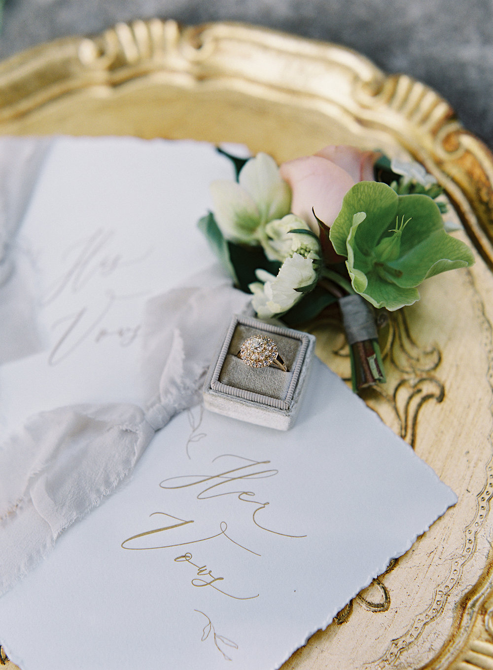 www.santabarbarawedding.com | Besame Floral | Carrie King Photography | Styled Shoot | Vows