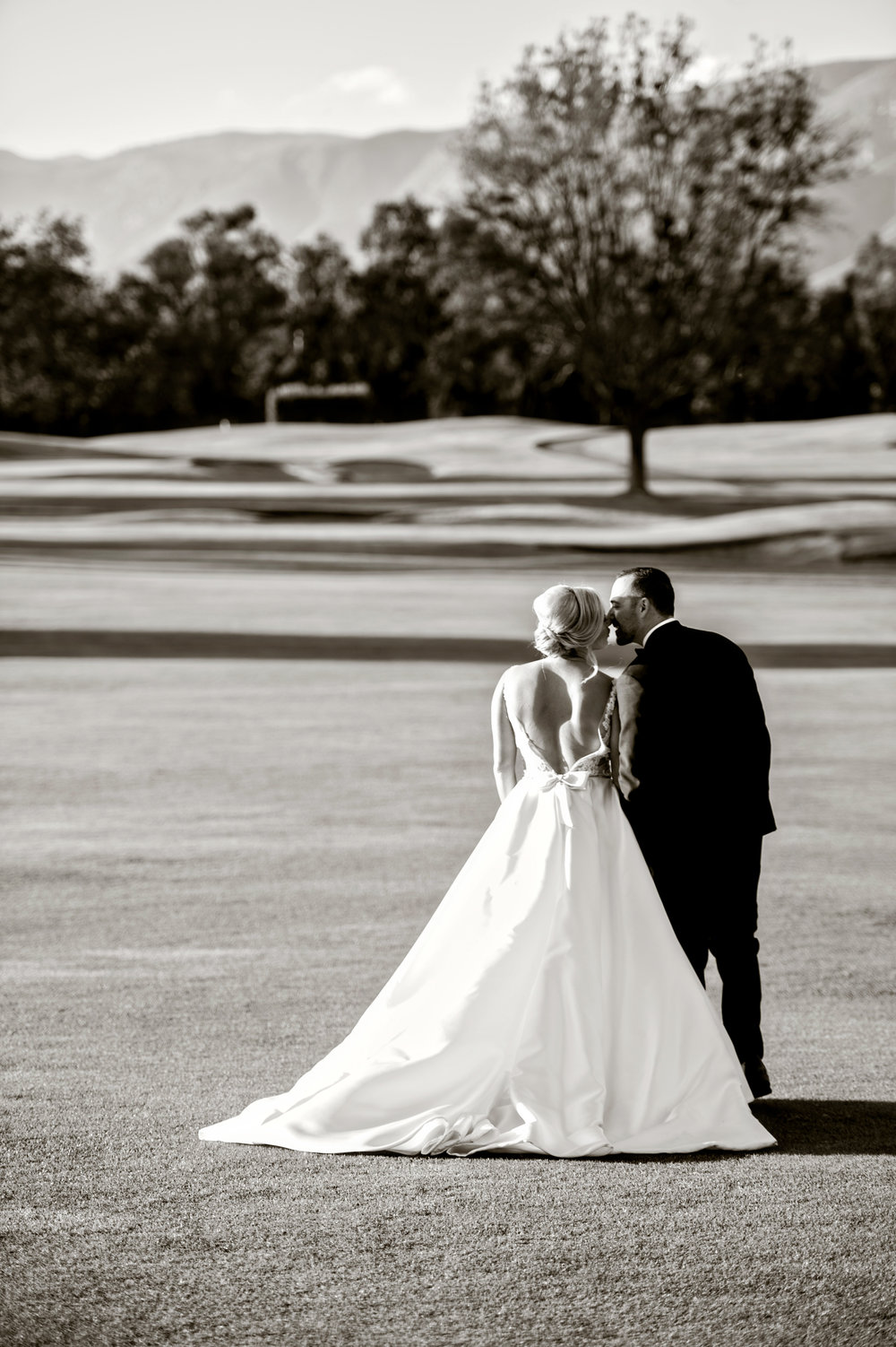 www.santabarbarawedding.com | Laurie Bailey | Ojai Valley Inn | Amber Weir Weddings | Bride and Groom