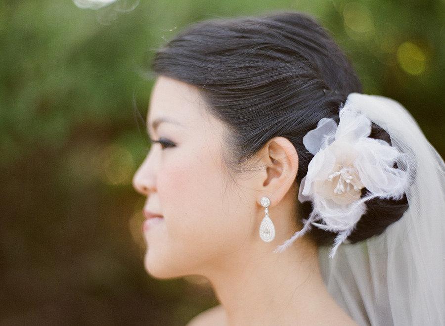 www.santabarbarawedding.com | Firestone Vineyard | Soigne Productions | Michael and Anna Costa | Bride | Hairpiece