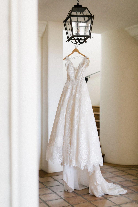 www.santabarbarawedding.com | Anne Delores | Rancho Bella Vista | Wild Heart Events | Wedding Gown