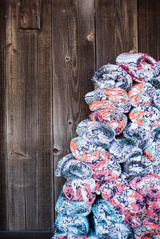 www.santabarbarawedding.com | ByCherry Photography | Gainey Vineyard | Revele Unlimited | Wedding Favor | Blankets