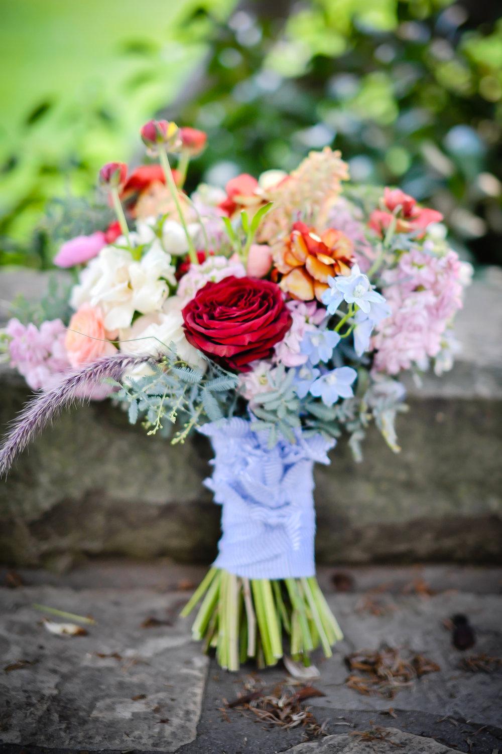 www.santabarbarawedding.com | Alice Keck Park | Santa Barbara Club | Half Full Photography | Bridal Bouquet