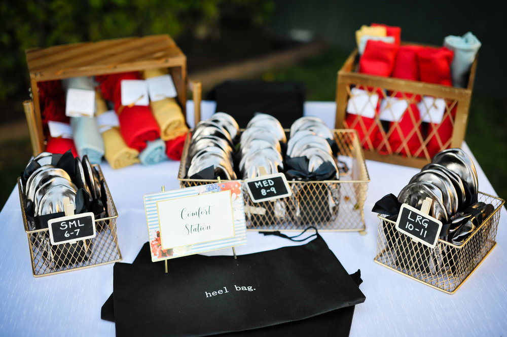 www.santabarbarawedding.com | Alice Keck Park | Santa Barbara Club | Half Full Photography | Comfort Station