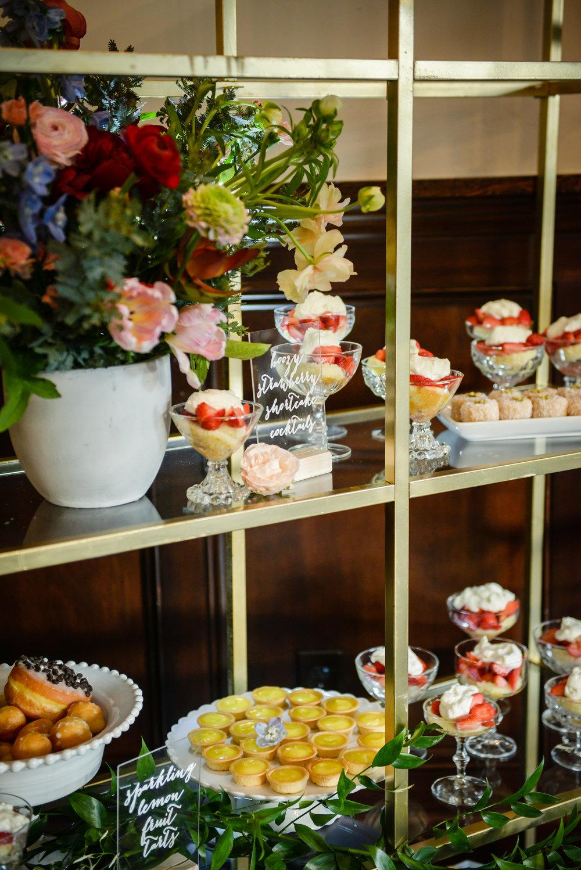 www.santabarbarawedding.com | Alice Keck Park | Santa Barbara Club | Half Full Photography | Dessert
