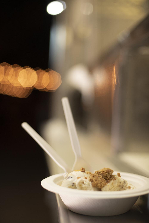 www.santabarbarawedding.com | ByCherry Photography | Gainey Vineyard | Revele Unlimited | Ice Cream