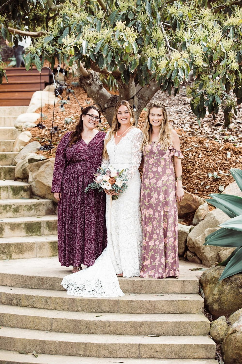 www.santabarbarawedding.com | Just Kiss Collective | Craddock Ranch | Alia Glasgow | Bride and bridesmaids