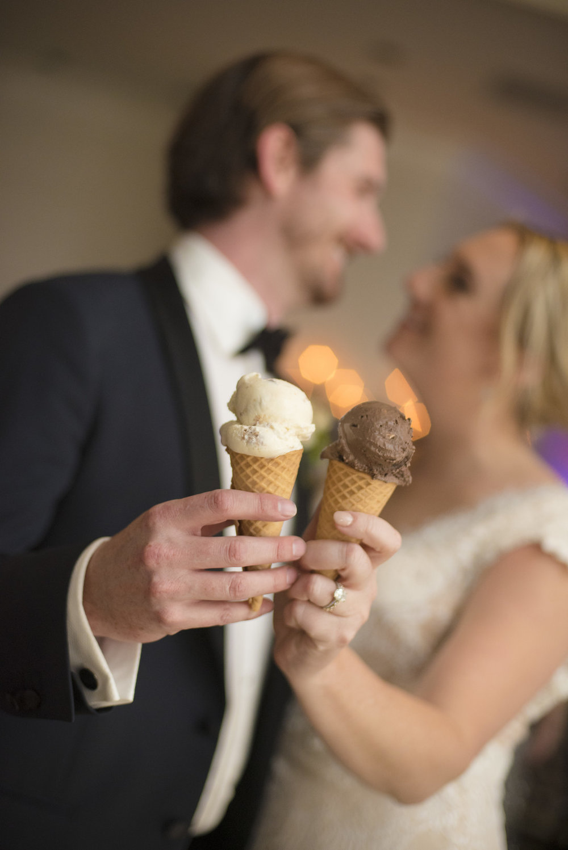 www.santabarbarawedding.com | ByCherry Photo | Hilton Beachfront Resort | Dulce Dia Events | Ice Cream