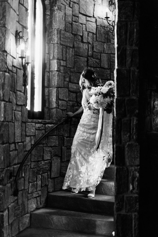 www.santabarbarawedding.com | Loriana | Hannah Kate Photo | Bride