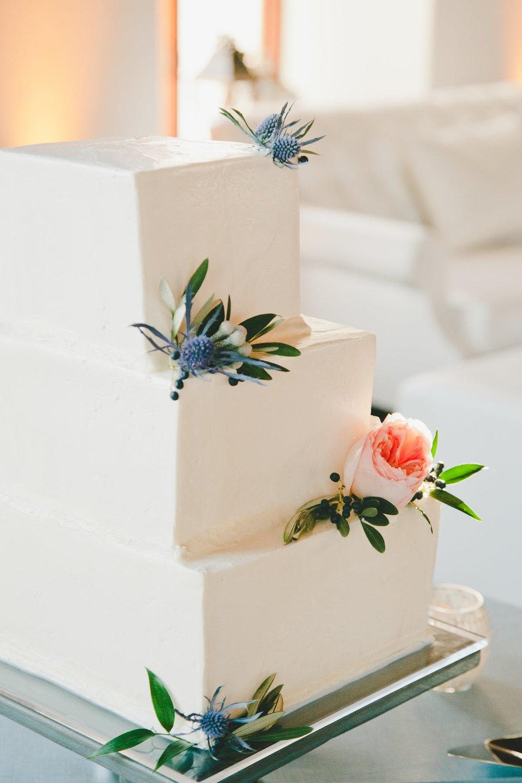 www.santabarbarawedding.com | Bacara Resort & Spa | Alegria By Design | onelove photography | Wedding Cake