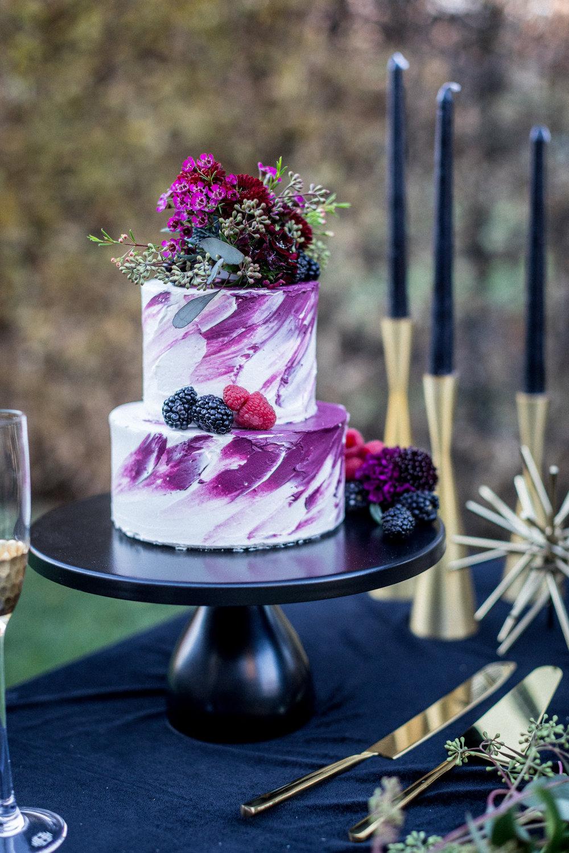 www.santabarbarawedding.com | Kiel Rucker | Santa Barbara Elopement | Kestrel Park | Wedding Cake