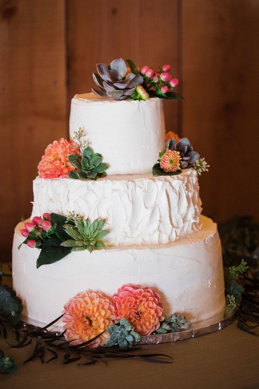 www.santabarbarawedding.com | Venue: Firestone Vineyard | Photographer: Just Kiss Collective | Wedding Cake