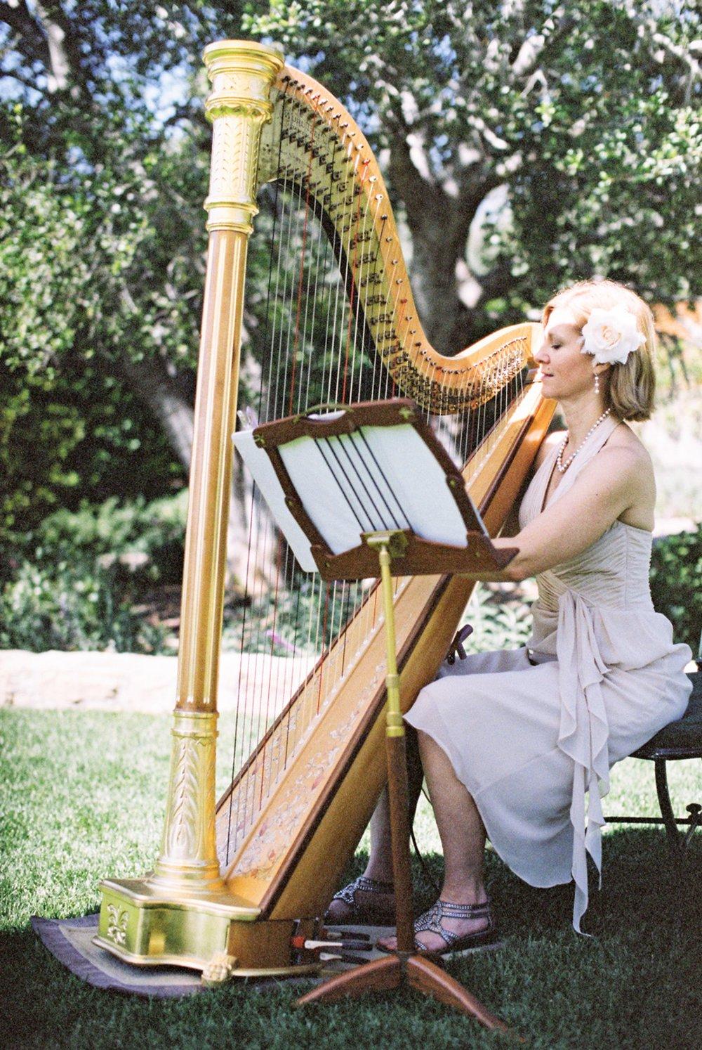 www.santabarbarawedding.com   Michael + Anna Costa Photography   San Ysidro Ranch   Twine Events   Laurie Rasmussen   Harpist Plays