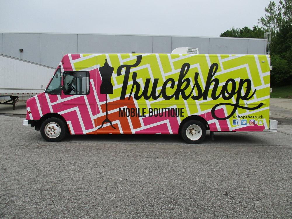 1601184 Truckshop, Box Truck (4).JPG