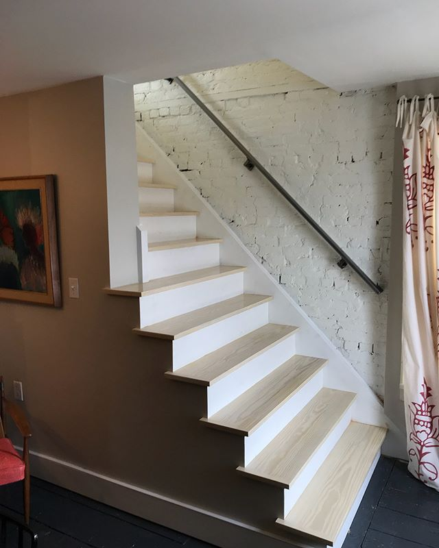 Sometime you spend your days installing other people's work, but for these guys, I would do it any time. I assisted on the preparation and install of the #Staircase #designed and fabricated by @zuckerjonathan. Handrail fabricated by @boneswelding  I made it pretty and attached it to the brick. #installer #catskills #hudsonvalley #athensny