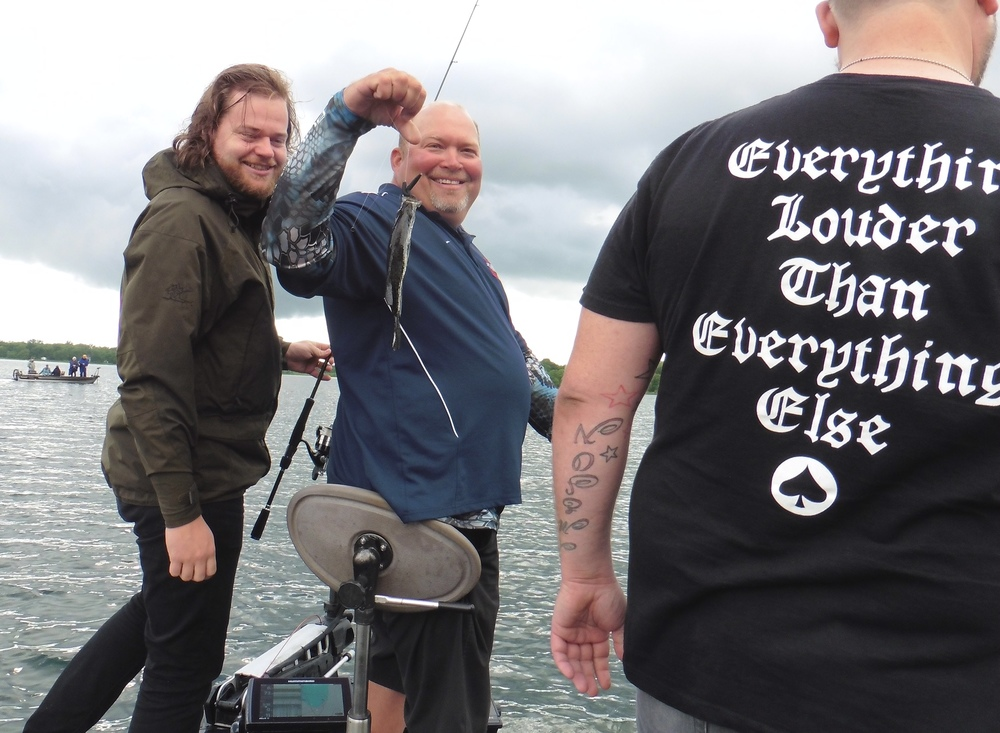 Chef Harcey takes  Magnus Nilsson  of  Faviken  fishing with  Thorne Brothers .