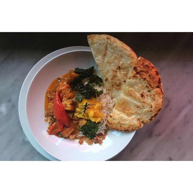 Weekend special: aubergine and tofu thai red curry with rice and paratha  #vegetarianlondon #walthamstow #instafood #veggie #cafe #brunch e17