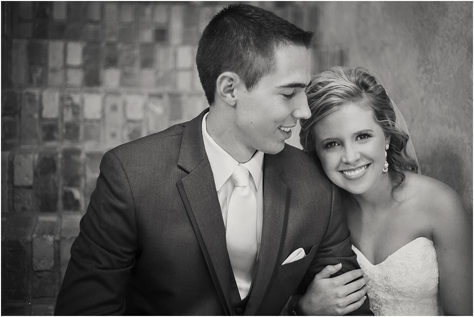 Della Terra Estes Park Wedding Photographer | Katine and Grant's Wedding Photos_0032