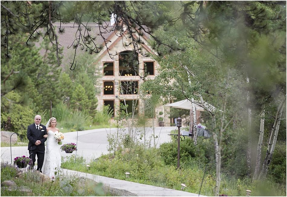 Della Terra Estes Park Wedding Photographer | Katine and Grant's Wedding Photos_0041