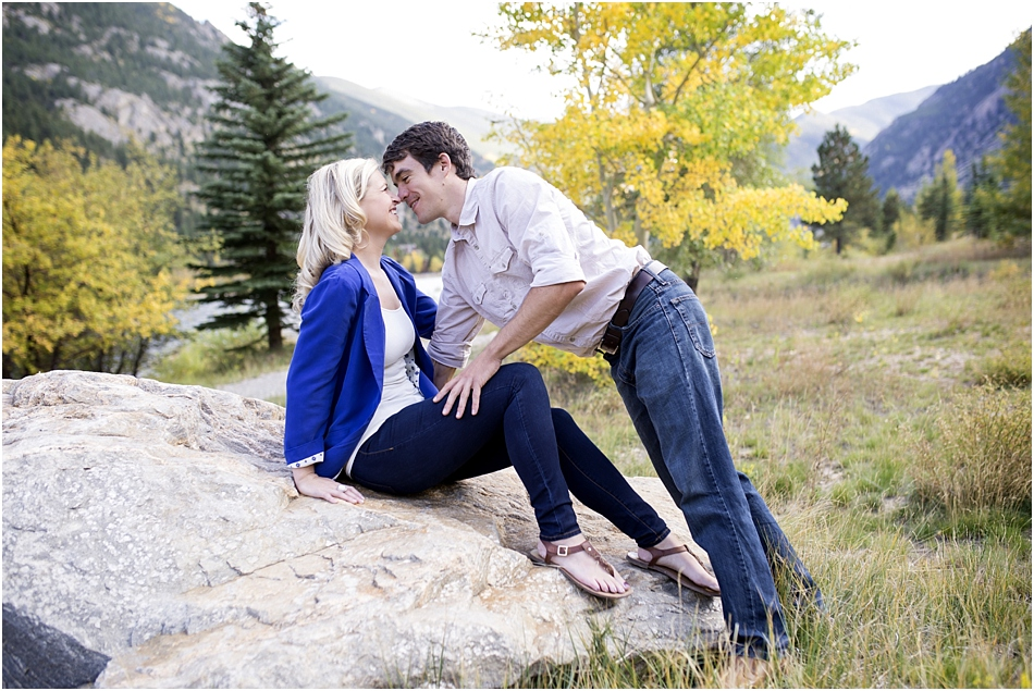 Fall Aspens Engagement Photos | Amy and Ben's Fall Mountain Engagement Session_0002